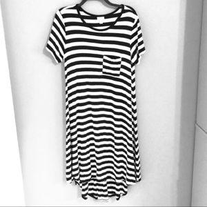 LuLaRoe Carly Dress High Low Stripes Black White